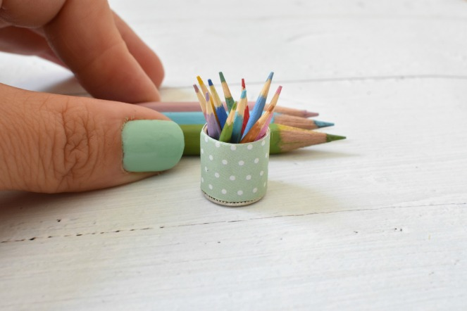 עפרונות מיניאטוריים 5 אינסטגרם לובן.jpg